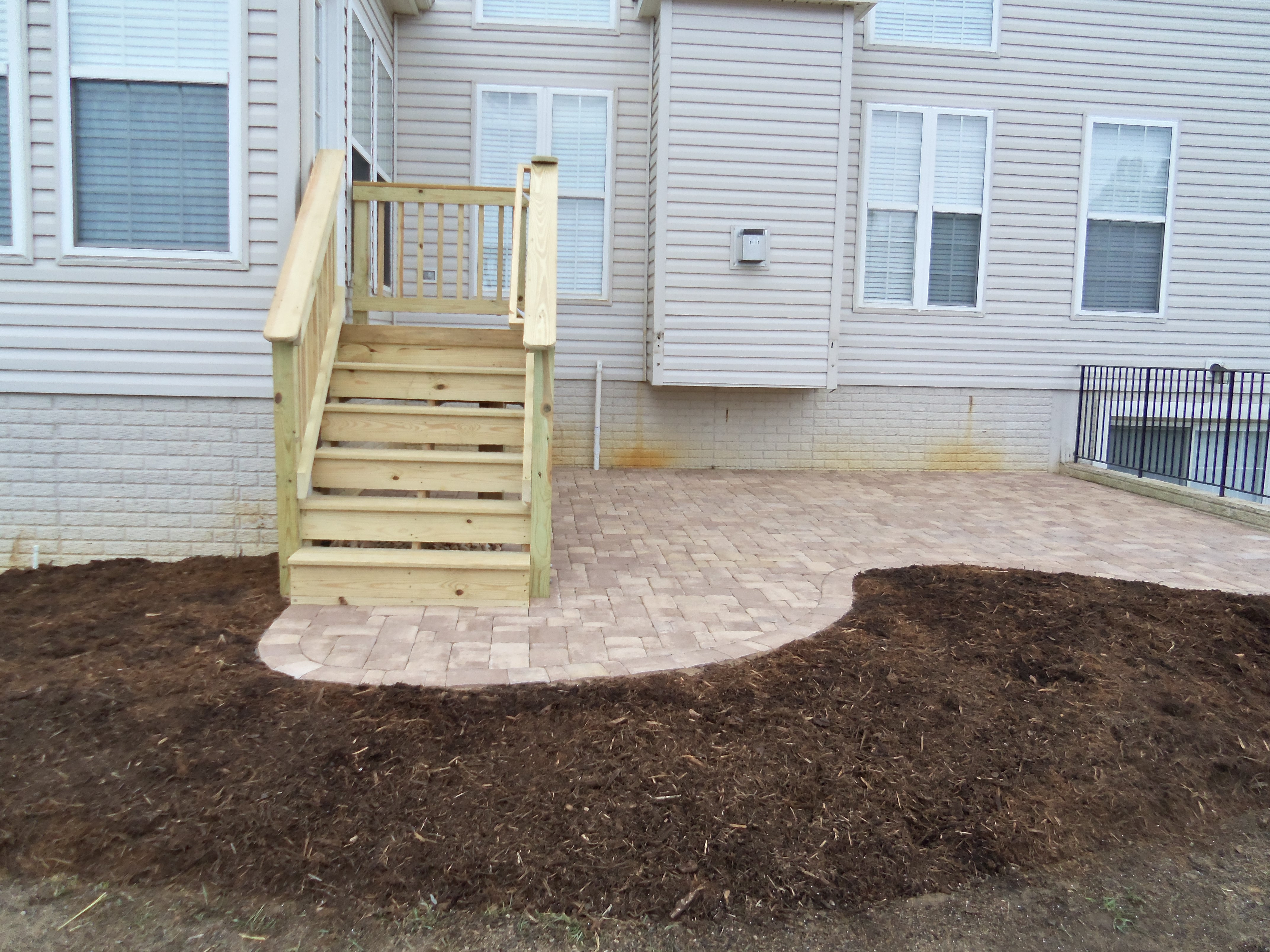 brick paver patio and deck in fredericksburg va
